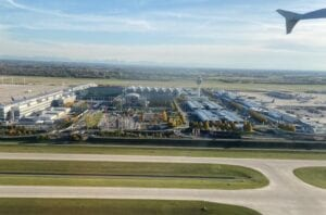 Airport infrastructure finance specialists, Oak leasing